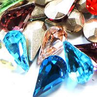 Kristall Eisen auf Nagelkopf, Tropfen, silberfarben plattiert, facettierte, gemischte Farben, 8x13mm, 288PCs/Tasche, verkauft von Tasche