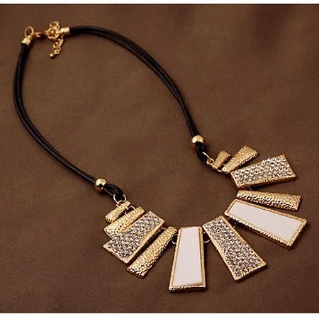 Mode Statement Halskette, Zinklegierung, mit PU Leder & Strass, Trapez, goldfarben plattiert, frei von Blei & Kadmium, 380x120x36mm, verkauft per ca. 14.96 ZollInch Strang