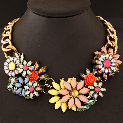 Buy Fashion Statement Necklace Zinc Alloy Resin Flower gold color plated twist oval chain multi-colored lead & cadmium free 400x160x48mm Sold Per Approx 15.75 Inch Strand