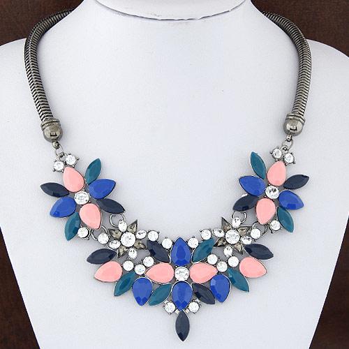 Mode Statement Halskette, Zinklegierung, mit Harz, Blume, metallschwarz plattiert, mit Strass, frei von Blei & Kadmium, 50x120mm, verkauft per ca. 15.75 ZollInch Strang