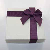 Karton Armbandkasten, mit Ripsband, Quadrat, mit Dekoration von Bandschleife, 90x90x22mm, 24PCs/Menge, verkauft von Menge