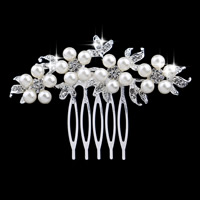 Braut Dekoratives Haarkämmchen, Zinklegierung, mit ABS-Kunststoff-Perlen, Blume, silberfarben plattiert, für Braut & mit Strass, frei von Blei & Kadmium, 70x70mm, 3PCs/Tasche, verkauft von Tasche