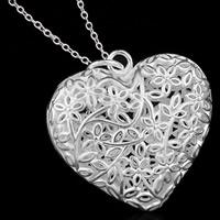 Messing Herz Anhänger, versilbert, hohl, frei von Blei & Kadmium, 32x32mm, Bohrung:ca. 3-5mm, 10PCs/Tasche, verkauft von Tasche