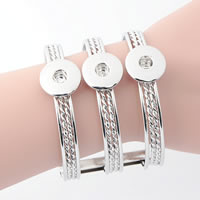 Snap-Knopf-Armband, Zinklegierung, Platinfarbe platiniert, für Frau & 3-Strang, frei von Blei & Kadmium, 18mm, Innendurchmesser:ca. 6mm, verkauft per ca. 7 ZollInch Strang