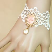 Gothic Armband, Spitze, mit Satinband & Zinklegierung, mit Verlängerungskettchen von 2.7lnch, goldfarben plattiert, für Frau & mit Strass, frei von Nickel, Blei & Kadmium, verkauft per ca. 5.5 ZollInch Strang