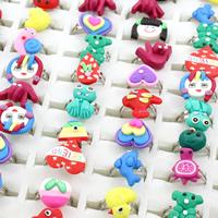 Kinder Finger Ring, Polymer Ton, mit Zinklegierung, Platinfarbe platiniert, für Kinder & einstellbar & gemischt, 16x20x22mm-17x19x23mm, Größe:4-5, 100PCs/Box, verkauft von Box