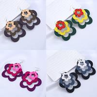 Holz Ohrring, mit Zinklegierung, Eisen Haken, Blume, gefärbt & für Frau, keine, 70x72mm, verkauft von Paar