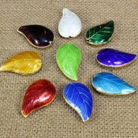 Cloisonne Perlen, Cloisonné, Blatt, handgemacht, keine, 27x15mm, Bohrung:ca. 1.5mm, 10PCs/Tasche, verkauft von Tasche