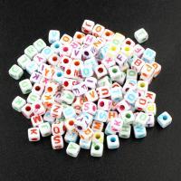 Alphabet Acryl Perlen, Würfel, gemischtes Muster & mit Brief Muster, 5mm, Bohrung:ca. 2mm, ca. 500PCs/Tasche, verkauft von Tasche