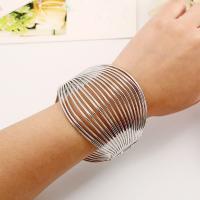 Eisen Armbänder, plattiert, für Frau, keine, frei von Blei & Kadmium, 60mm, Innendurchmesser:ca. 60mm, Länge:ca. 7.5 ZollInch, verkauft von PC
