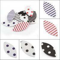 PU Leder Anhänger, Olive, verschiedene Muster für Wahl, 32x68x2mm, Bohrung:ca. 1mm, 50PCs/Tasche, verkauft von Tasche