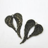 Flügel Zinklegierung Anhänger , Flügelform, antike Bronzefarbe plattiert, frei von Nickel, Blei & Kadmium, 67x46x5mm, Bohrung:ca. 2mm, 20PCs/Tasche, verkauft von Tasche