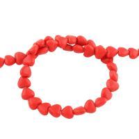 Synthetische Türkis Perle, Herz, rot, 6x6x4mm, Bohrung:ca. 1mm, ca. 65/Strang, verkauft per 15.7 ZollInch Strang