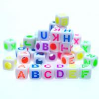 Alphabet Acryl Perlen, Quadrat, Spritzlackierung, gemischte Farben, 6x6mm, Bohrung:ca. 3mm, ca. 3000PCs/Tasche, verkauft von Tasche