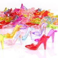 Acryl Anhänger, Schuhe, Spritzgießen, gemischte Farben, 50x34mm, Bohrung:ca. 1mm, ca. 125PCs/Tasche, verkauft von Tasche