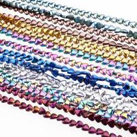 Hämatit Perle, Herz, plattiert, keine, 6x6x3mm, Bohrung:ca. 1mm, 10PCs/Menge, verkauft von Menge