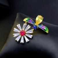 Messing Brosche, mit kubischer Zirkonia, Blume, plattiert, für Frau & Emaille, goldfarben, 43*31mm, verkauft von PC