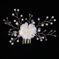 Dekoratives Haarkämmchen, Zinklegierung, mit Kristall & Glasperlen, Blume, goldfarben plattiert, für Frau, weiß, frei von Nickel, Blei & Kadmium, 110x80mm, verkauft von PC
