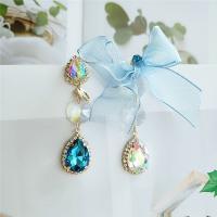 asymmetrische Ohrringe, Zinklegierung, plattiert, für Frau & mit Strass, grün, frei von Nickel, Blei & Kadmium, verkauft von Paar